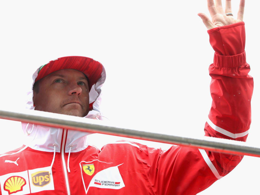 Formel 1: Hamilton rast in China vor Vettel zur Pole Position