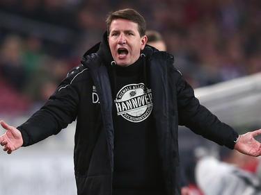 Daniel Stendel und Hannover 96 rutschten in Hamburg aus