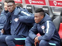 Idrissa Touré (l.) will in Schalke durchstarten
