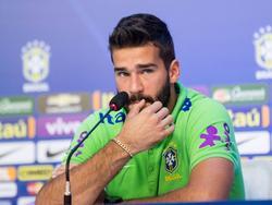 Brasilien-Keeper Alisson muss um die WM-Teilnahme zittern