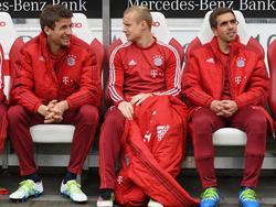 Sebastian Rode (M.) wird wohl nicht mehr auf der Bayern-Bank sitzen müssen