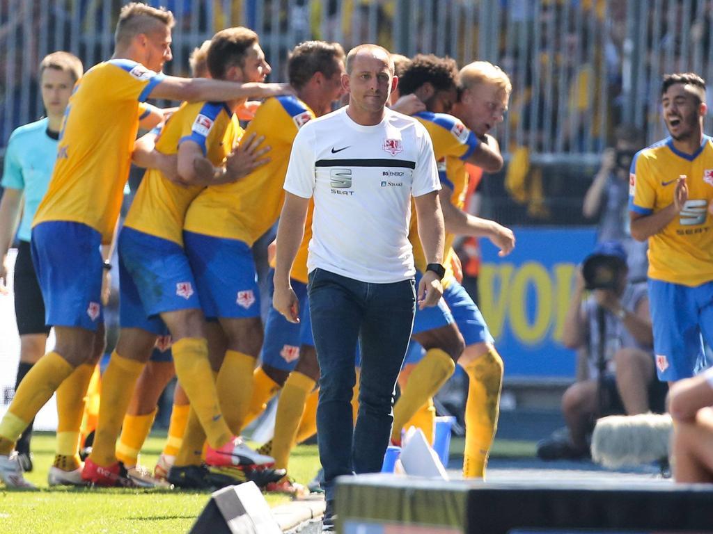 Torsten Lieberknecht bejubelte mit seinen Löwen bislang drei Siege