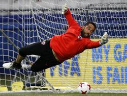 Claudio Bravo könnte gegen Australien zum Einsatz kommen
