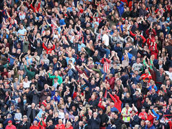 Die Mehrheit der englischen Fans hat kein Probelm mit Homosexualität