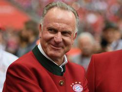Karl-Heinz Rummenigge will den Vertrag von Leon Goretzka auf Schalke respektieren