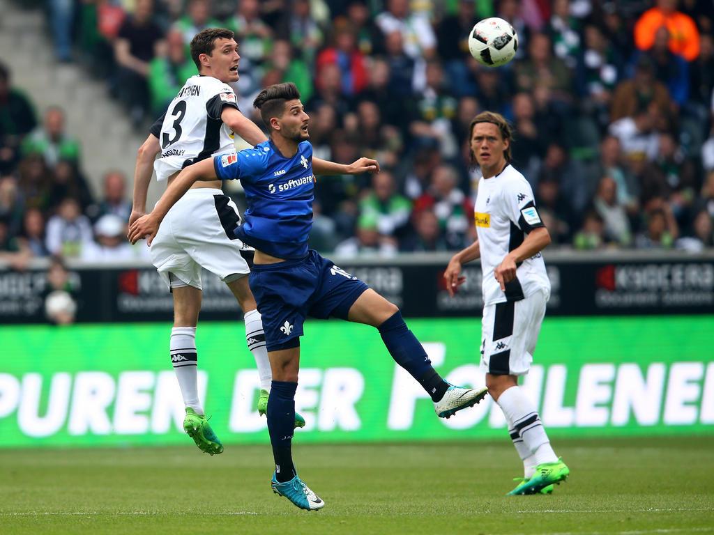 Fußball - Hennes-Weisweiler-Allee 1, Mönchengladbach - Darmstadt verabschiedet