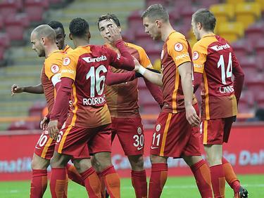 Podolski marcó 5 goles en un partido de la Copa turca. (Foto: Getty)