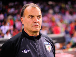 Semblante serio de Bielsa en un Atlético-Athletic (Getty)