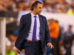 Pizzi no salió contento del partido en Argentina. (Foto: Getty)