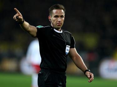 Tobias Stieler pfeift das Relegations-Rückspiel in Braunschweig