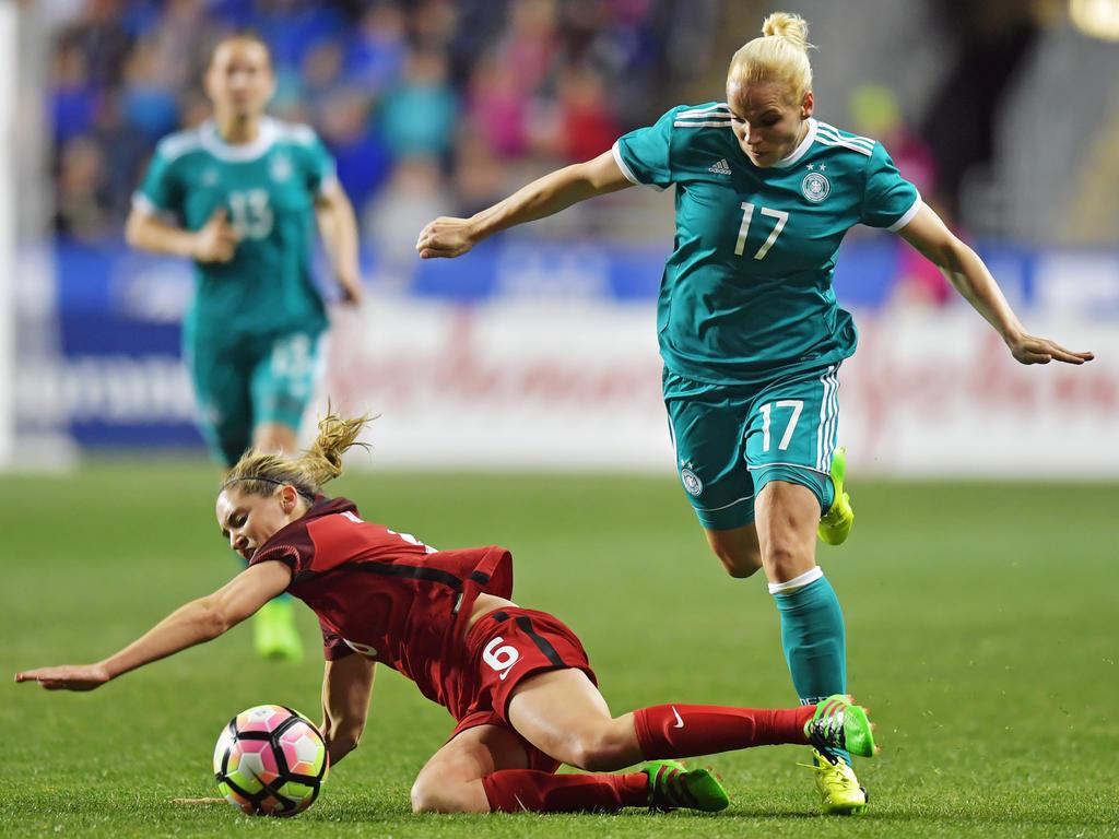 ABWEHR: Isabel Kerschowski | 29 Jahre alt (VfL Wolfsburg)