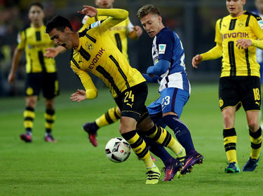 Das kurze BVB-Gastspiel von Mikel Merino (l.) steht vor dem Ende