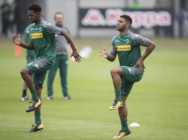 Reece Oxford (l.) im Training bei Borussia Mönchengladbach