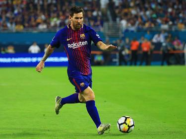 Lionel Messi und der FC Barcelona werden mit Trauerflor auflaufen