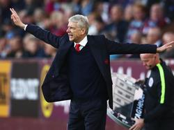 Arsène Wenger fordert Stehplätze
