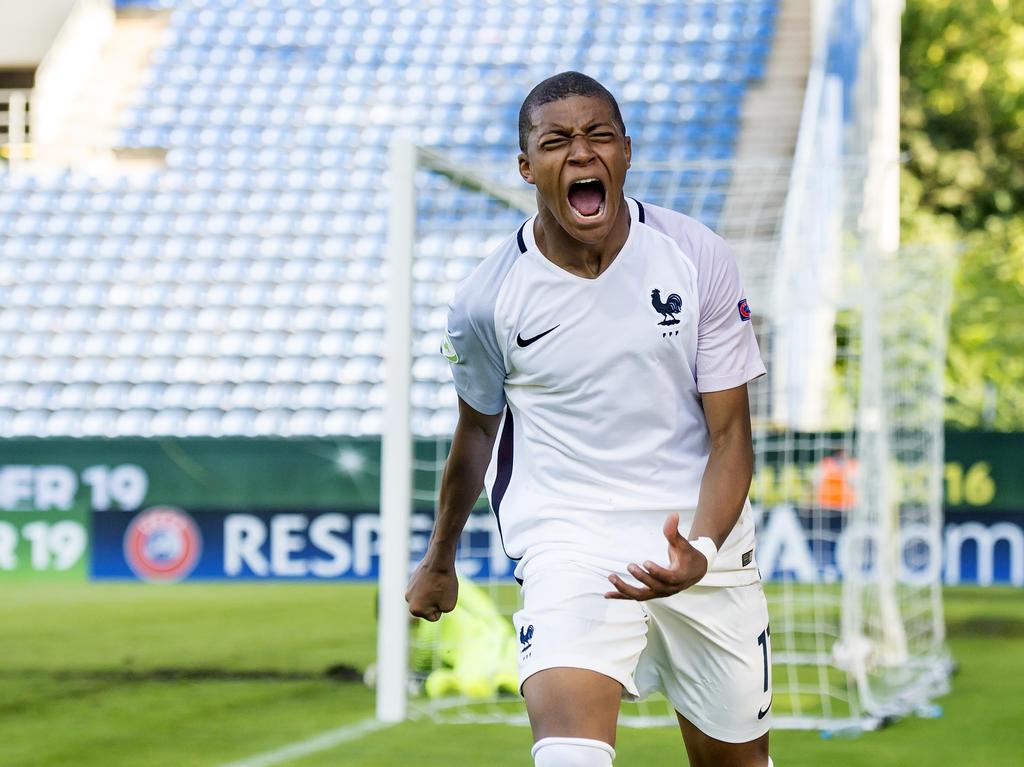 Mbappé va a enfundarse la camiseta de la selección absoluta. (Foto: Getty)