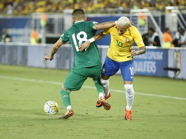 Neymar (r.) siegte mit seinen Brasilianern locker