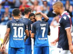 Bayern-Leihgabe Serge Gnabry (m.) traf zum 3:0