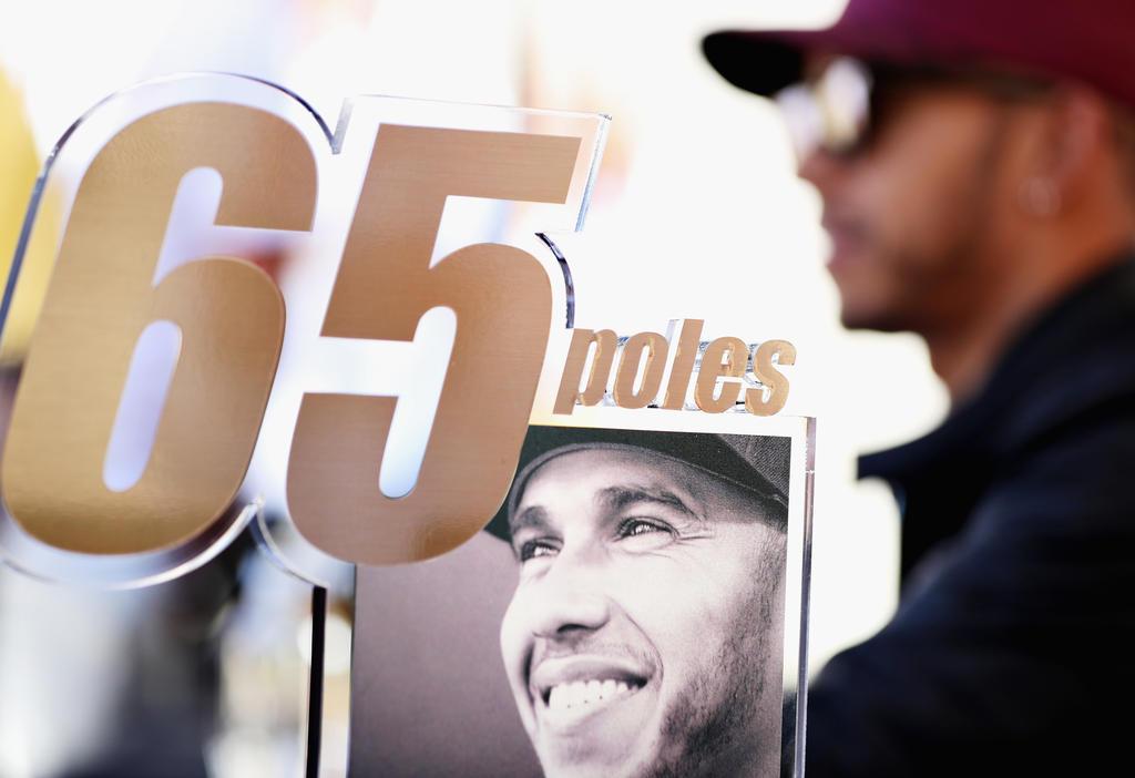 65 Poles für Lewis