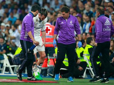 Bale se retiró del campo en la primera mitad del clásico. (Foto: Getty)
