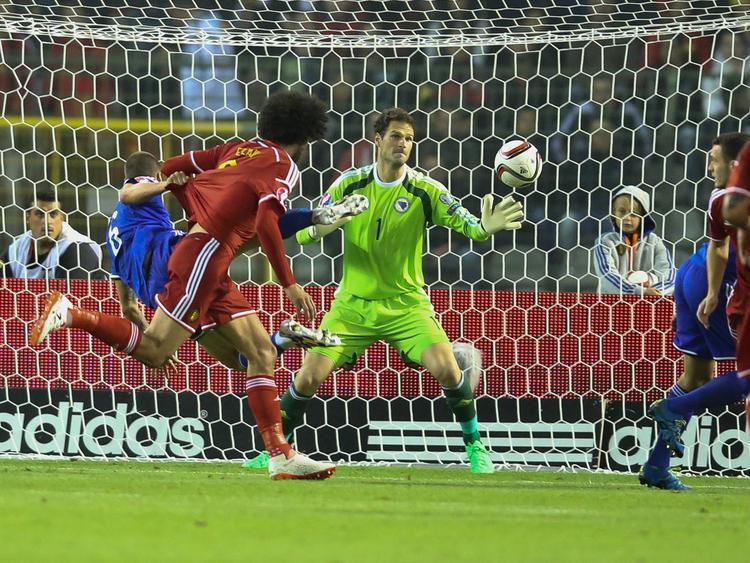 Fellaini hizo el empate 1-1 con una gran acción en el área. (Foto: Imago)