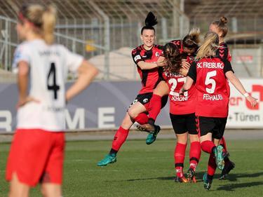 Die Frauen des SC Freiburg haben sich gegen Frankfurt durchgesetzt