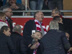 Uli Hoeneß ist wieder Präsident des FC Bayern München