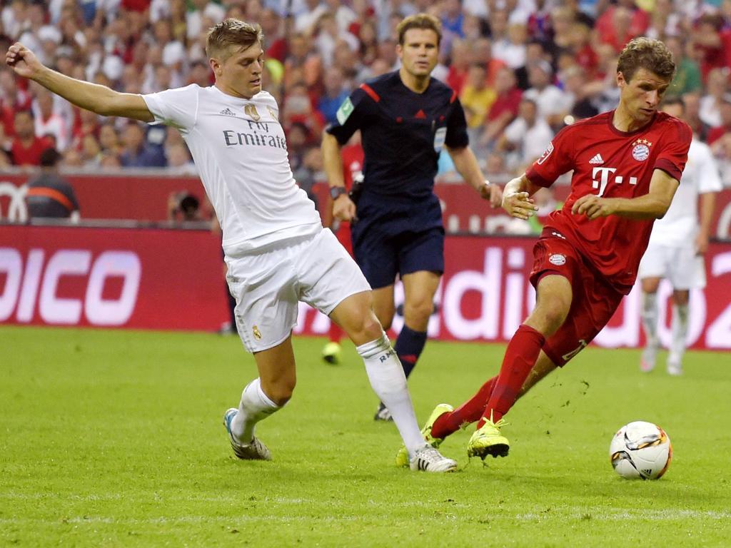 Toni Kroos (l.) will mit Real Madrid gegen Bayern gewinnen