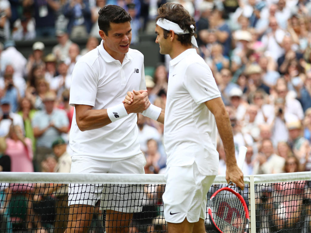 Tennis: Federer in den Halbfinals