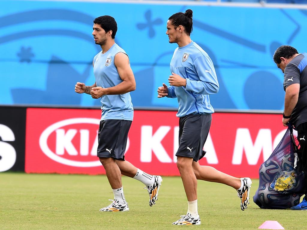 Cavani liderará a Uruguay sin Suárez, suspendido por tarjetas acumuladas. (Foto: Getty)