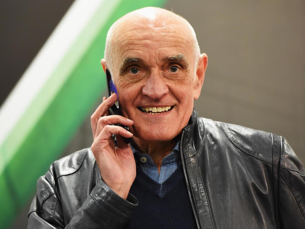 Martin Kind hat bestätigt, dass man sich bei 96 mit Alternativen für den Trainerposten beschäftigt