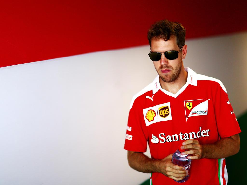 Sebastian Vettel stimmt der Kritik an Nico Rosberg zu