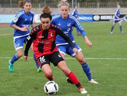 Lina Magull (v.) bleibt in Freburg