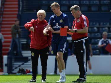 Trainer Gordon Strachan (li.) will mit Schottland die Engländer ärgern