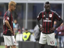 Keisuke Honda und Mario Balotelli haben mit dem AC Milan eine harte Saison hinter sich