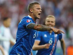 Ragnar Sigurðsson wechselt nach London