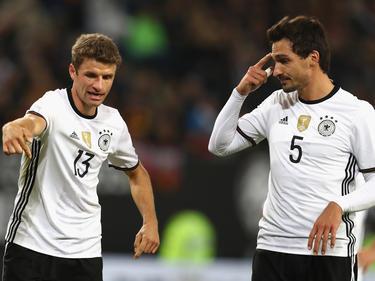 Thomas Müller und Mats Hummels (r.) müssen angeblich nicht mit zum Confed Cup