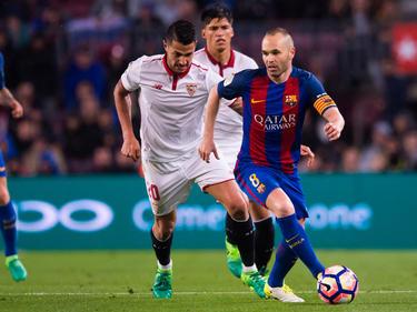 Vitolo (l.) bleibt bis mindestens 2022 in Sevilla