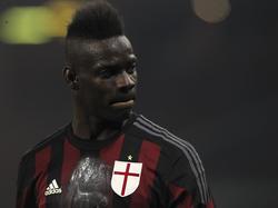 Mario Balotelli will über die Saison hinaus bei Milan bleiben.