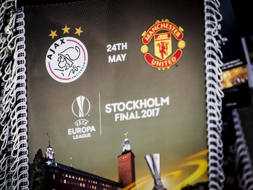 Manchester United holt den Titel