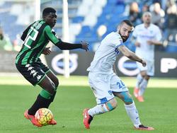 Tonelli firma por el Nápoles. (Foto: Getty)