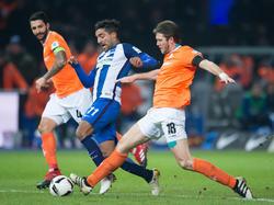 Sami Allagui (M.) verlässt die Berliner Hertha