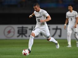 Lukas Podolski und Kobe haben ihre Pflicht erfüllt