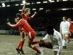 1982 überrollte der FCK mit Funkel (l.) und Brehme (2.v.l.) die Königlichen