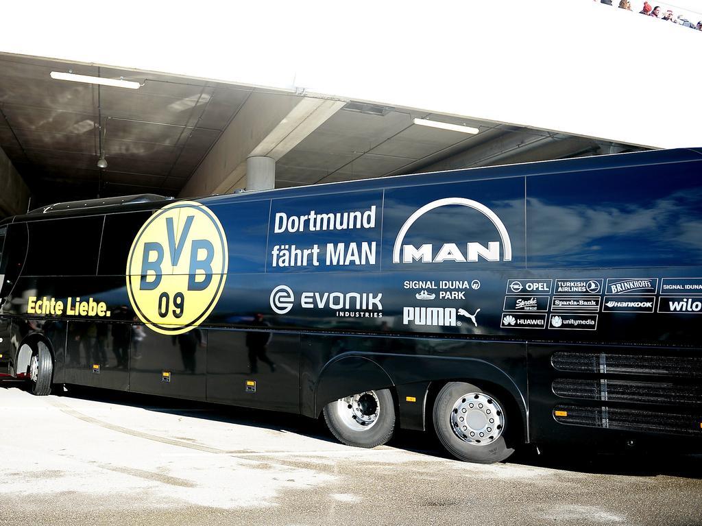 Der BVB-Mannschaftsbus blieb in Lotte stecken