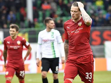 Auch Stuttgarts Ginczek (r.) konnte die Niederlage des VfB nicht verhindern