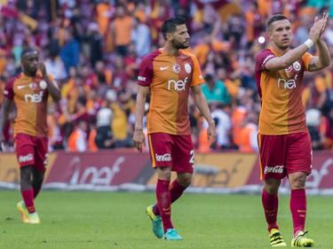 Podolski (r.) und Co. müssen einen Rückschlag verkraften