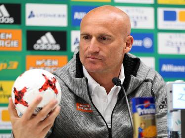 Goran Djuricin wird den Rapid-Spielern auch in der kommenden Saison den Fußball erklären