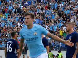 John Stones erzielte die Führung für Manchester City - die Fans freuen sich mit