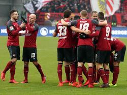 Druch den Sieg gegen Sandhausen bleiben die Nürnberger im Aufstiegsrennen
